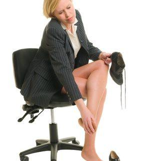 office-woman-hammertoe